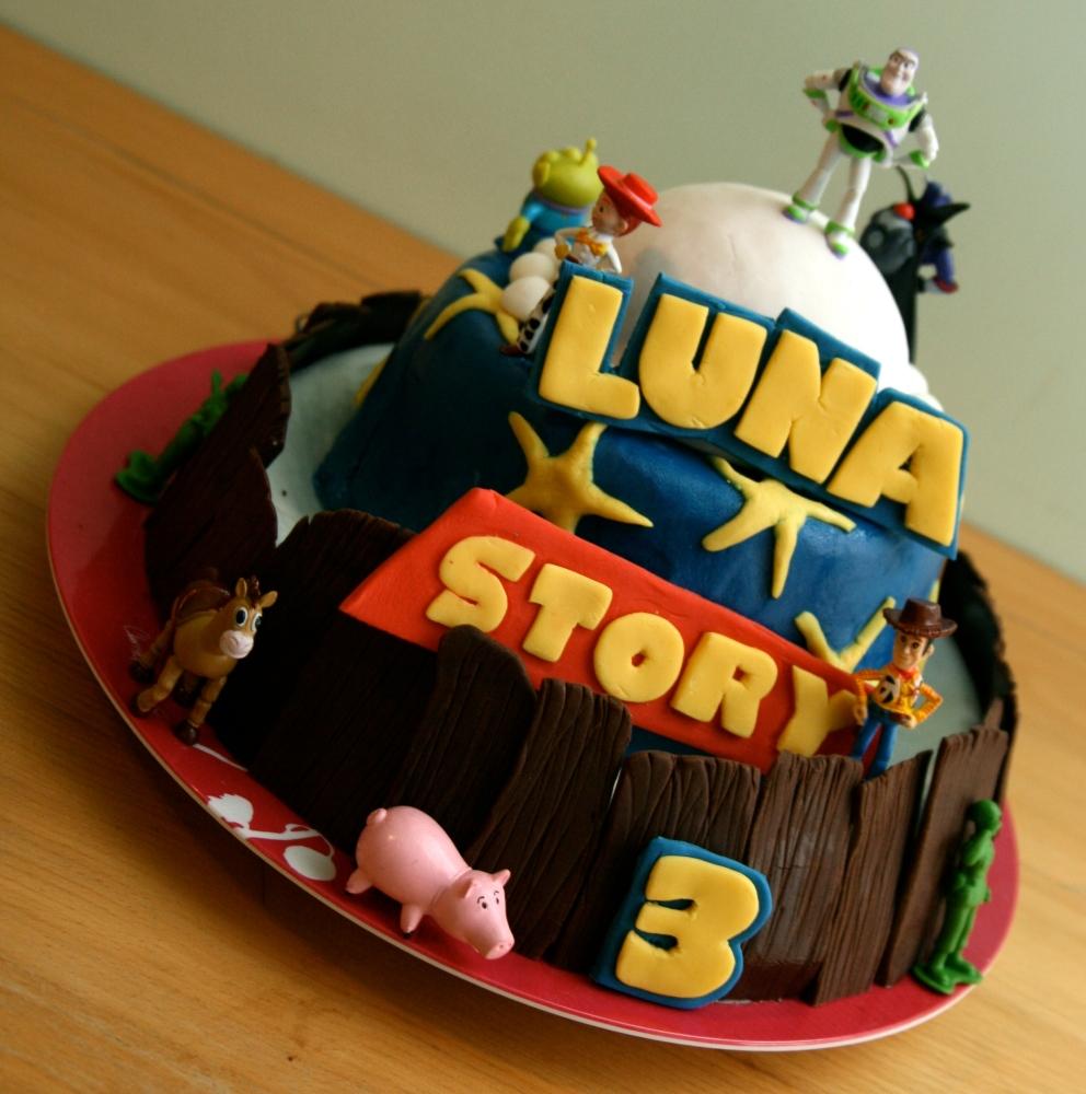 Les gâteaux d'anniversaire et la décoration en pâte à sucre (2/6)