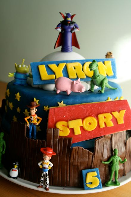gateau pate a sucre toy story
