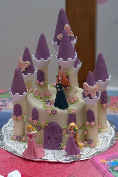 Gâteau d'anniversaire - Le château de la belle au bois dormant