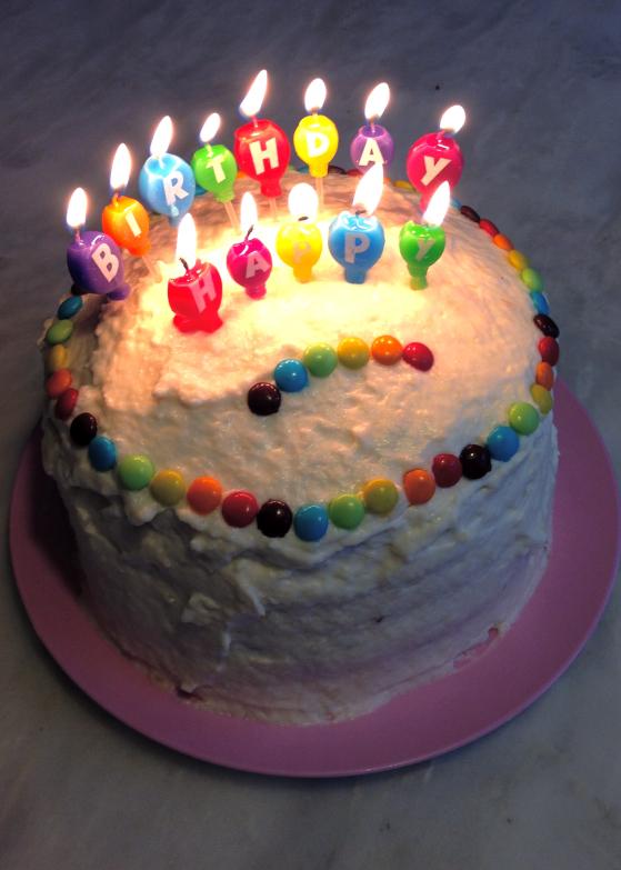 Gateau anniversaire rainbow cake