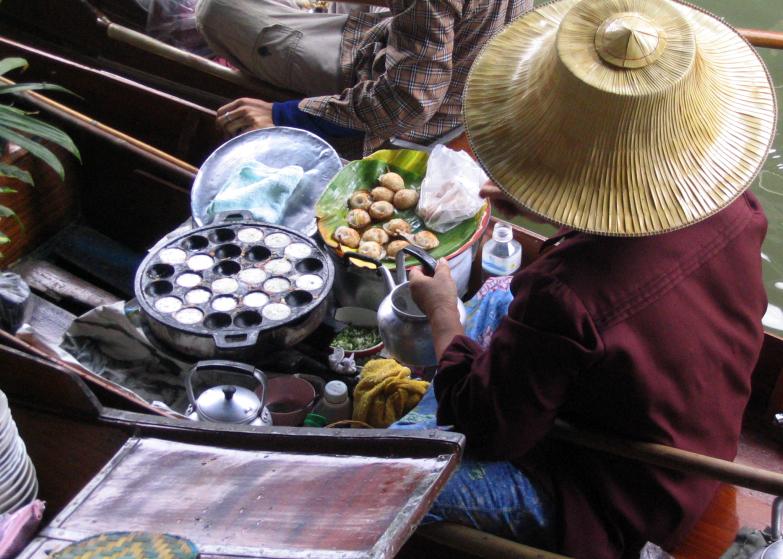 Anaïs-voyage-dans-son-assiette_008_Thailande_02_Khanom-Krog