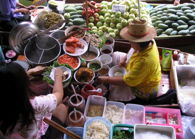 Anaïs-voyage-dans-son-assiette_008_Thailande_03_stand