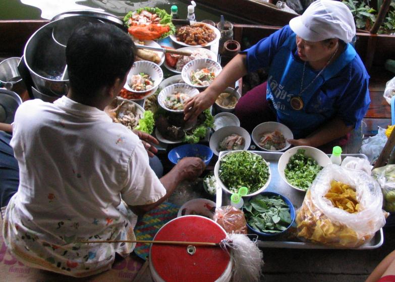 Anaïs-voyage-dans-son-assiette_008_Thailande_04_stand