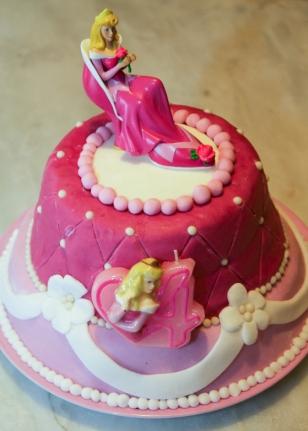 Le gâteau d'anniversaire princesse Aurore