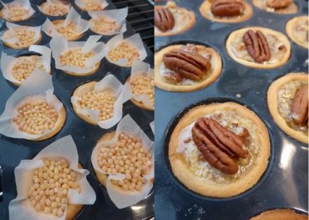 recette de mini tartelles aux noix de p can ou pecan pie les d lices d 39 ana s. Black Bedroom Furniture Sets. Home Design Ideas