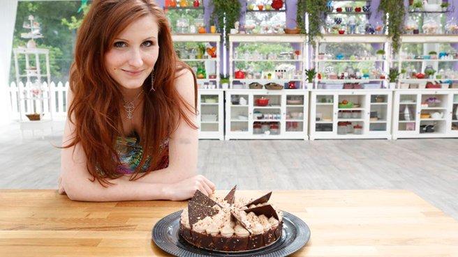 LDdA_LMP_12_Agathe-et-son-Gateau-chocolat-noisettes-caramélisées