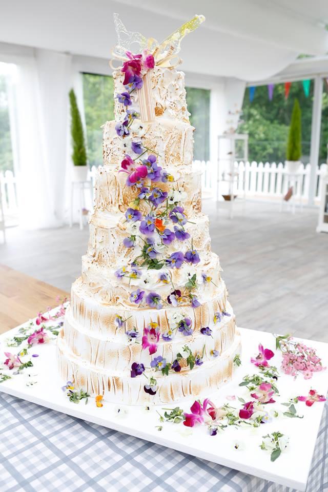 Wedding Cake Mounir