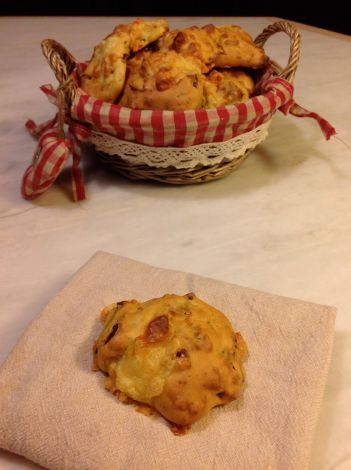 LDdA_Recette-bouchees-savoyardes-raclette-Riches-Monts1