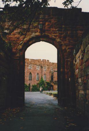 LDdA_Anais-voyage-dans-son-assiette-Angleterre-Shrewbury-castle