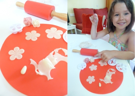 LDdA_Atelier-pate-amande-fleurs-roses-02