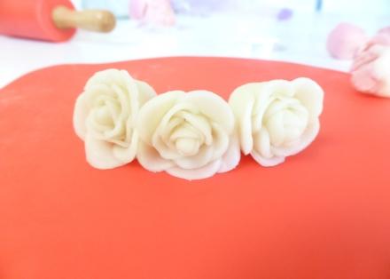 LDdA_Atelier-pate-amande-fleurs-roses-03