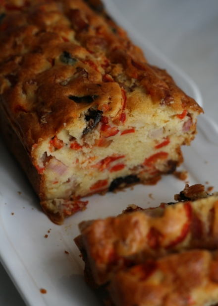 Cake Lardons Olives Noires
