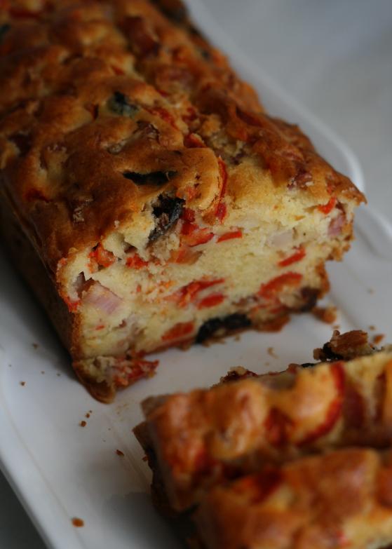 LDdA_Recette-cake-méridional-poivron-lardons-olives-noires
