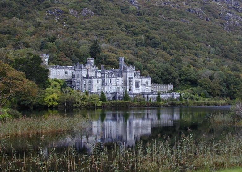 LDdA_Anais-voyage-dans-son-assiette-Irelande-connemara-Kylemore-Abbey