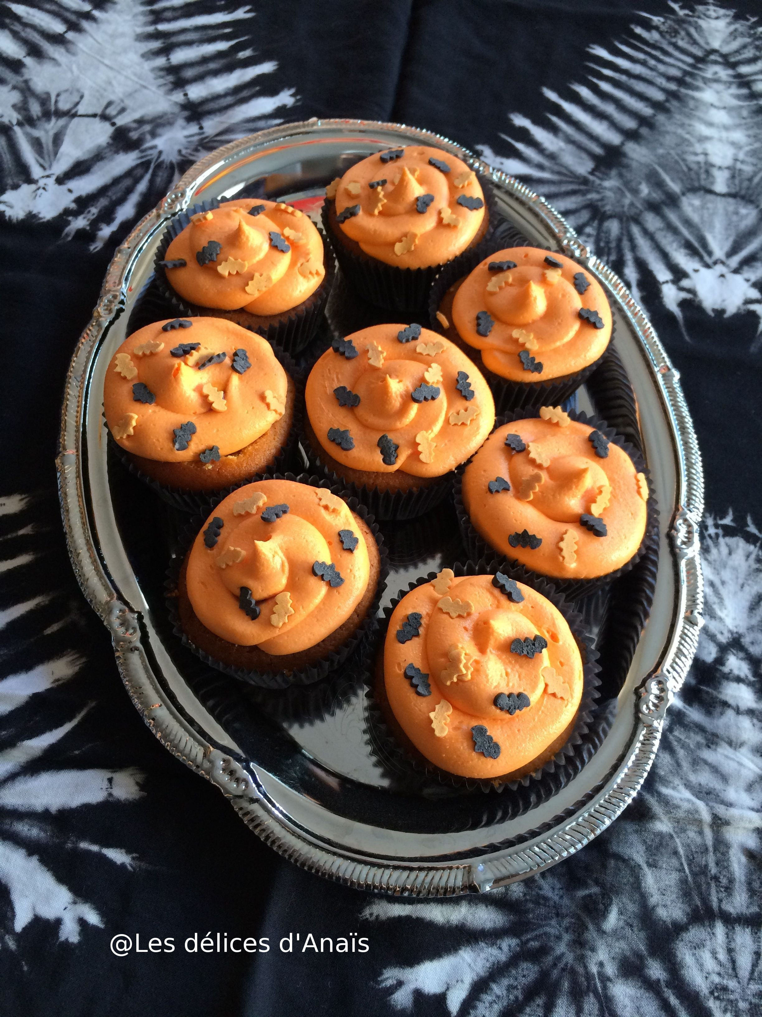 mes cupcakes batman pour halloween avec scrapcooking les. Black Bedroom Furniture Sets. Home Design Ideas