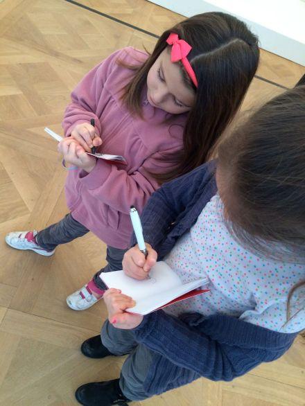 LDDA_Musee_picasso_enfants-cahier-crayon