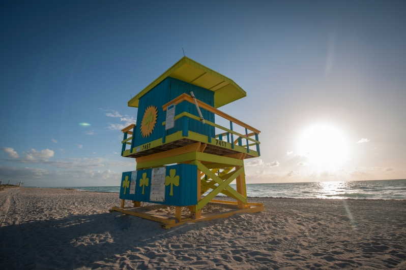 GMCVB_North-Beach-Lifeguard-Stand-Sunrise
