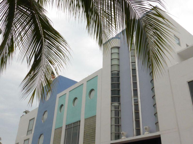 LDdA_Anais-voyage-dans-son-assiette-USA_Florida_Miami_Art_Moderne