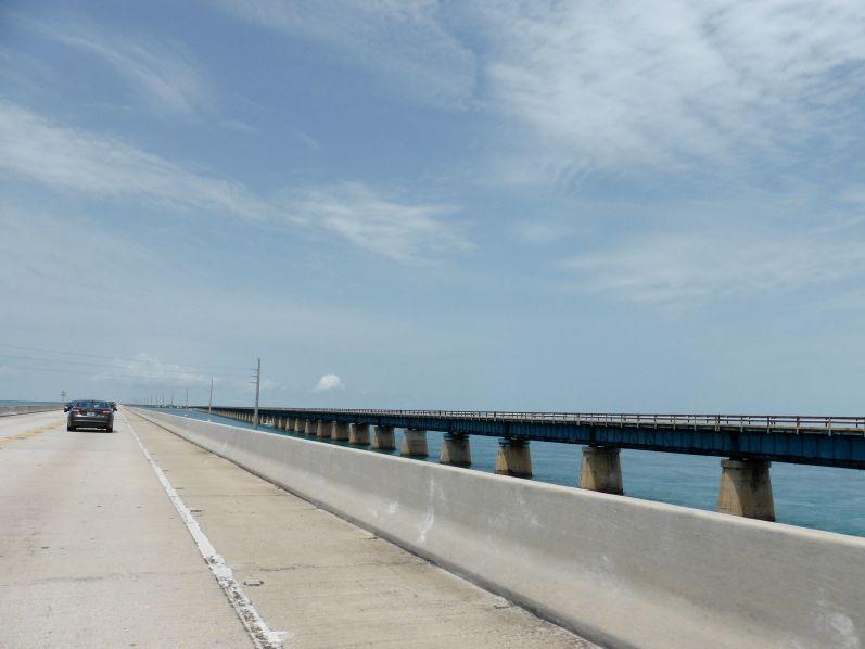 LDdA_Anais-voyage-dans-son-assiette-USA_Florida_Keys_road