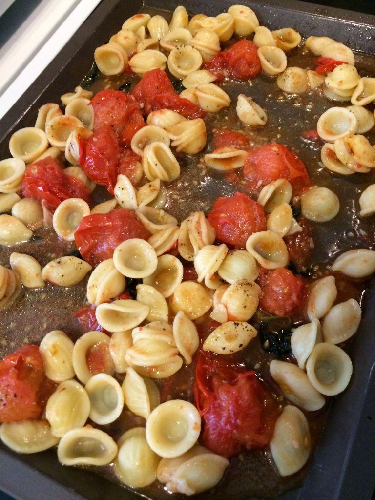 LDDA_RECETTE_JamieOliver_Orecchiette_tomates_roties_basilic_02