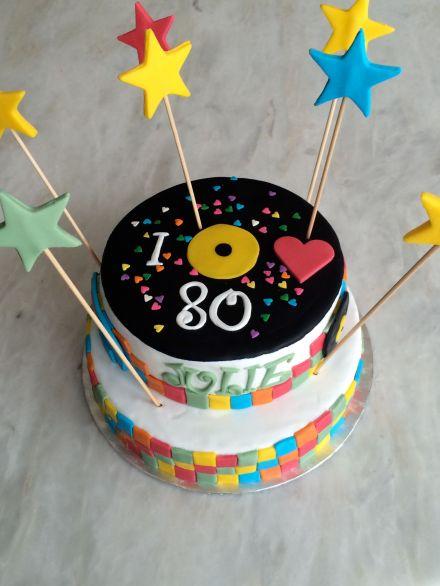 Le g teau d anniversaire ann es 80 3 tapes par tapes les d lices d 39 ana s - Gateau annee 80 ...