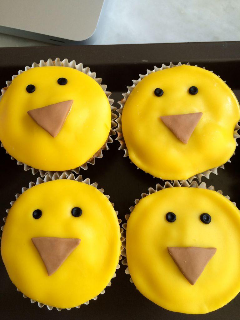 Cupcake_animaux_ferme_Poussin_2