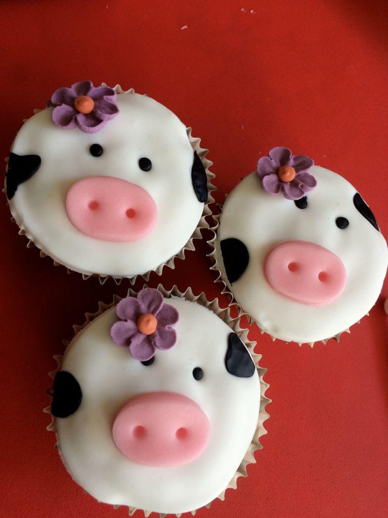 Cupcake_animaux_ferme_vache